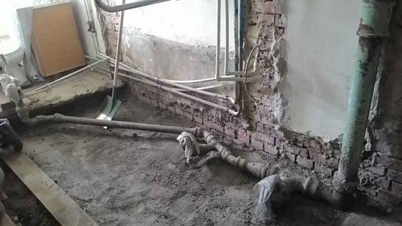 демонтаж в ванной комнате старого дома